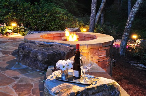 fire pit outdoors with chardonnay, cabernet sauvingon, wine and cheese enjoying the paso robles wine country outside