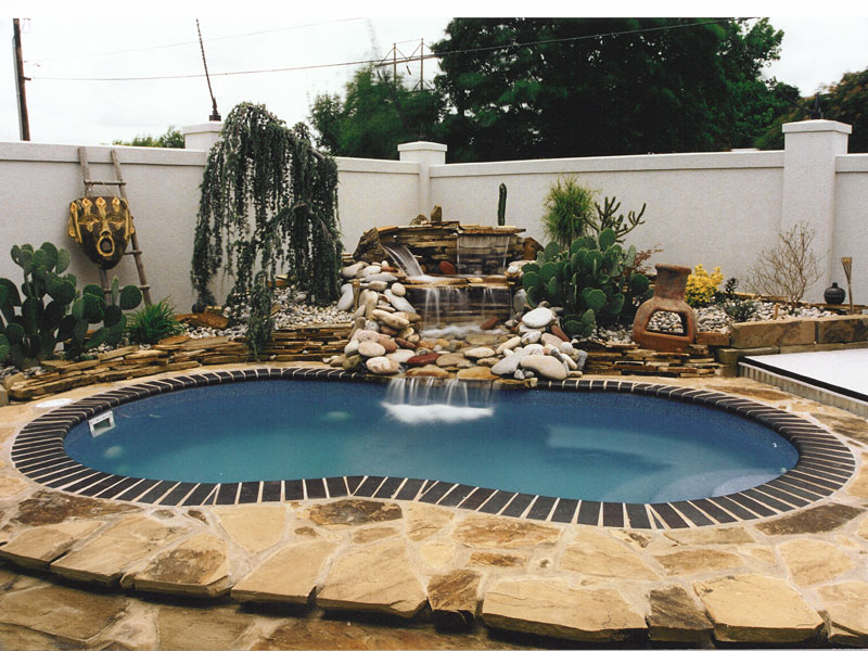 custom pools and spas in the paso robles wine region of central california
